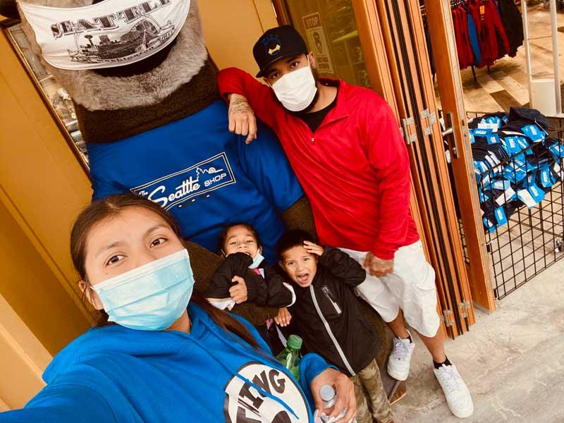 Tiane Kalamafoni family